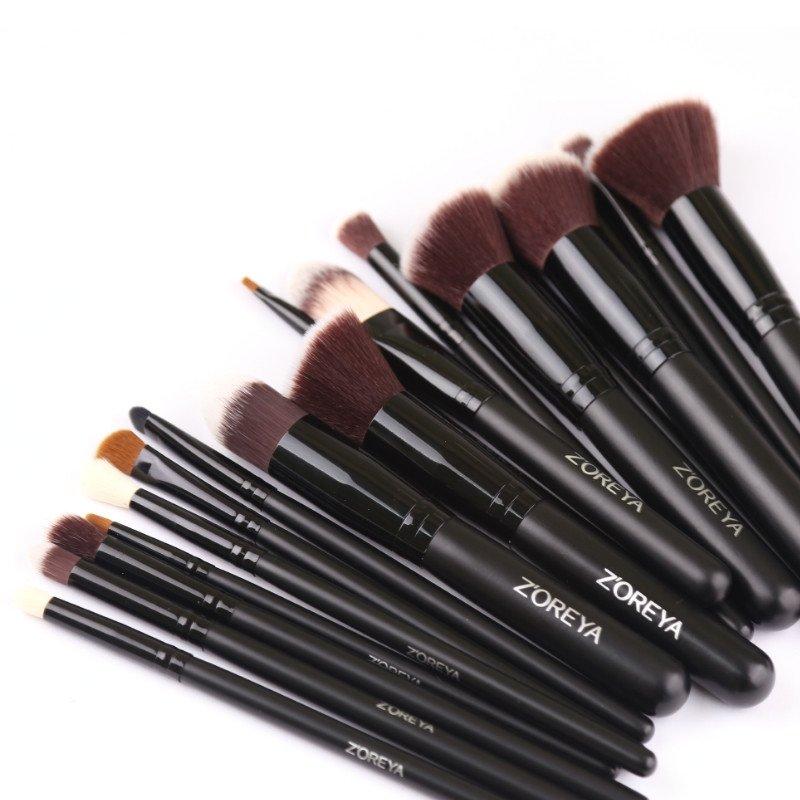Brush Hut: Z'OREYA Synthetic Essential Makeup Brush Set