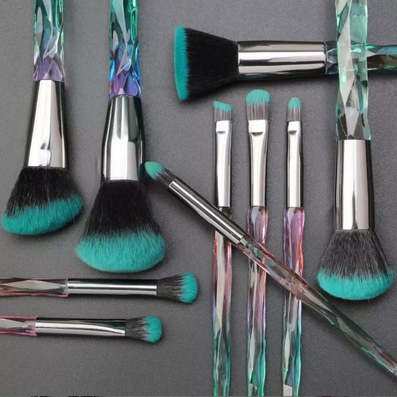Brush Hut: MAANGE 10pc Gradient Diamond Handle Makeup Brush Set